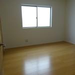 2階洋間(寝室)