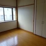 洋間1(寝室)